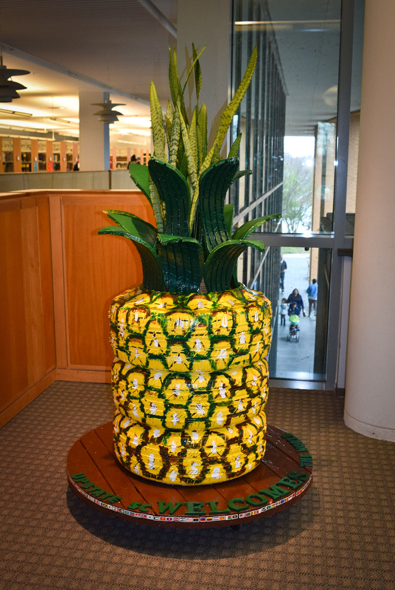 pineapple-tire-art2016-800